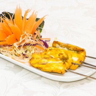 Chicken Satay (Gài Sà-Dté - ไก่สะเต๊ะ)