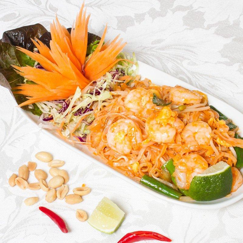Phad Thai Goong (phad-thai-noodles - ผัดไทย)