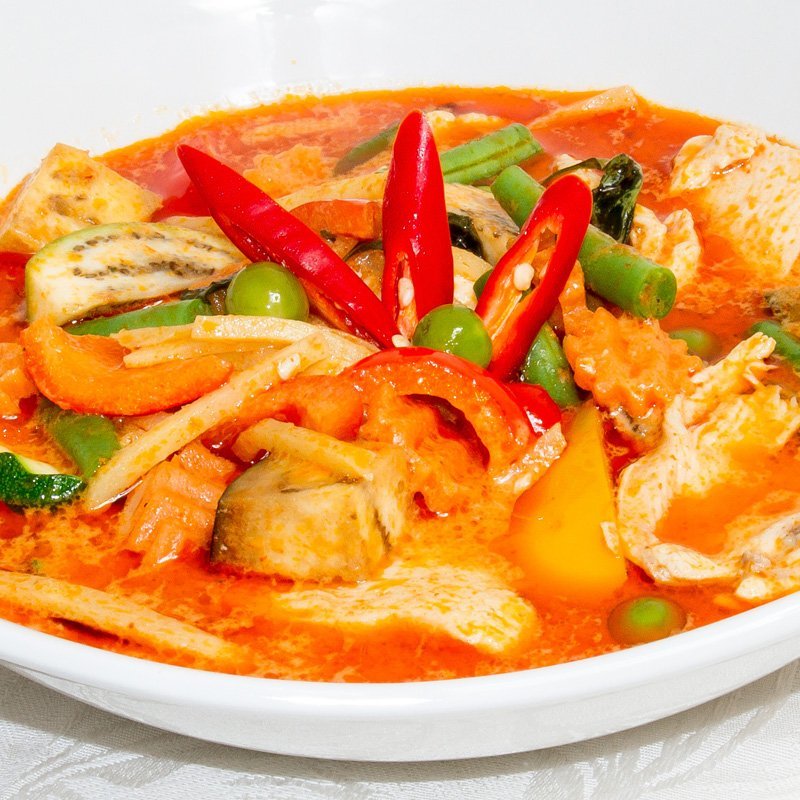 Thai Red Curry (Gaeng Daeng - แกงเผ็ด)